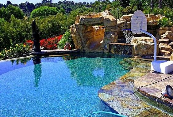 Paradise Pool and Spa